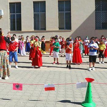 /images/5/4/54-flash-mob-europa-scuola-elementare--3-.jpg