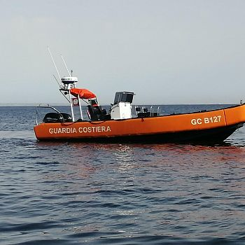 /images/6/5/65-guardia-costiera-gommone-g-c--b127-favignana.jpg
